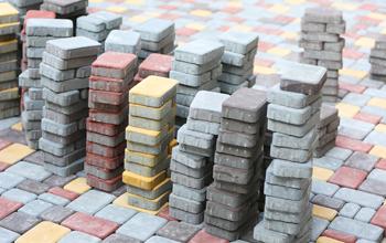 brick350